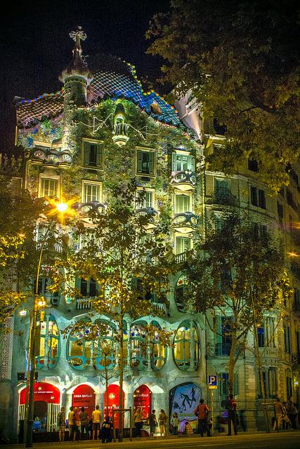 Casa Batllo nuit