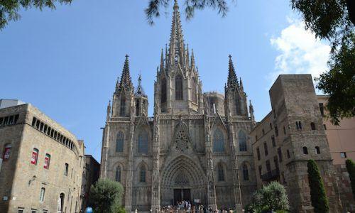 Cathédrale Sainte Croix Barcelone: le guide complet 2018 [gratuit] !